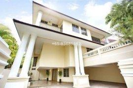 5 bedroom villa for rent in Bukit Sedap Road, District 10